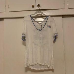 "Some days lovin' paper thin ""born to roam"" shirt"